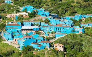 Un recorrido por el encantador 'pueblo pitufo' de España