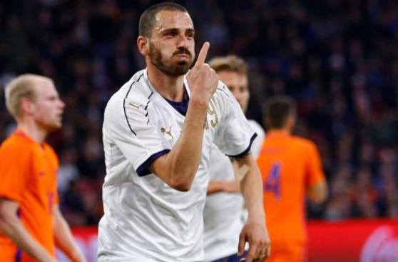 Italia venció 2-1 a Holanda por amistoso en Ámsterdam