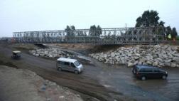 Chosica: colocan puente Bailey sobre el río Huaycoloro