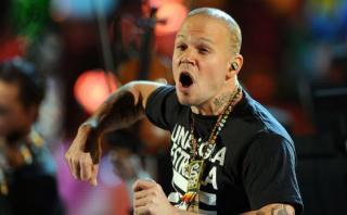 Residente debuta en solitario con fuerte mensaje de igualdad