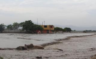 La Libertad: Panamericana Norte sigue interrumpida por desborde
