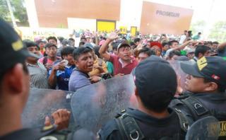 Piura: protestan porque autoridades no reparan dique roto