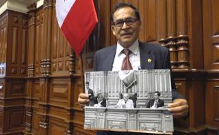 """""""Autogolpe se dio por el afán de Fujimori de manejar el poder"""""""