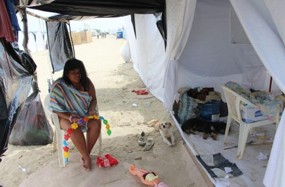 Así es la vida en los refugios de los damnificados del norte