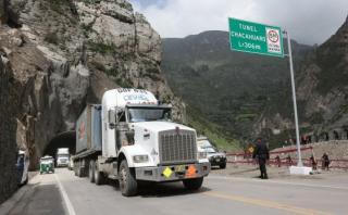 MTC restringe paso de vehículos pesados por Carretera Central