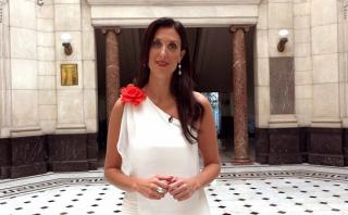 """Mariana Flórez Carulla recita el poema """"A mi querido Perú"""""""