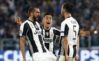 Juventus goleó 3-0 a Barcelona con doblete de Paulo Dybala