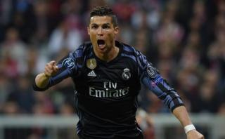 Cristiano Ronaldo recibe reconocimiento de Florentino Pérez
