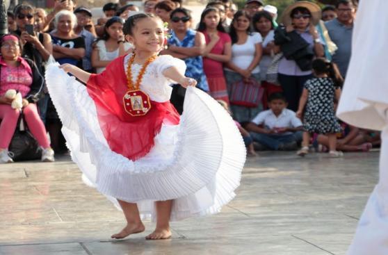Trujillo: grupos danzan marinera por damnificados por lluvias
