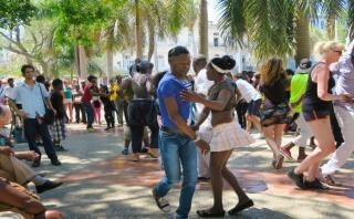 Puro ritmo: Los mejores destinos para los amantes de la salsa