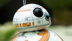 El conmovedor corto donde BB-8 rescata a un compañero robot