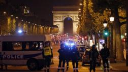 París: Así fue el ataque en los Campos Elíseos [VIDEOS]