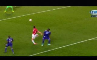 Zlatan Ibrahimovic sufrió escalofriante lesión en Europa League