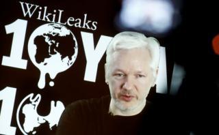 EE.UU. prepara cargos contra Julian Assange para detenerlo