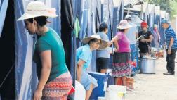 Damnificados piden que aún no retiren albergues en Carapongo