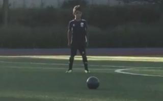 Hijo de Cristiano Ronaldo hace gol de tiro igual que su padre
