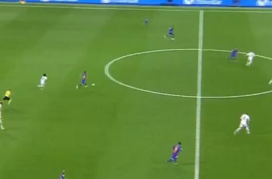 CUADROxCUADRO del golazo de Lionel Messi para triunfo de Barza