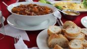 Hurgando la cocina de frontera: recetas que unen a Perú y Chile