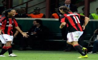 Ronaldinho dedica motivadoras palabras a Zlatan Ibrahimovic