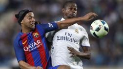 Barcelona ganó 3-2 al Real Madrid en Clásico de Leyendas