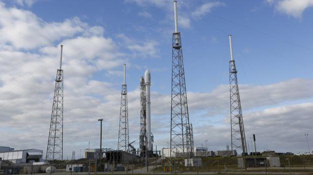 SpaceX pospone lanzamiento de un cohete por fallas en sensor