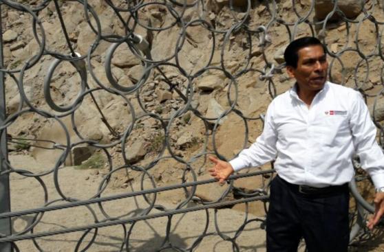 Mallas salvaron a miles de huaicos, pero ahora les roban piezas