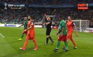 Jefferson Farfán fue expulsado en final de la Copa de Rusia