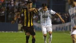 Atlético Tucumán ganó 2-1 a Peñarol en la Copa Libertadores