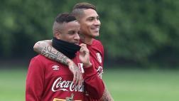 """Guerrero """"está seguro"""" que Farfán será nuevamente convocado"""