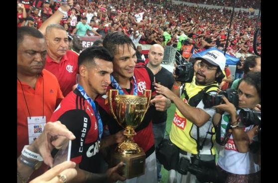 La felicidad de Guerrero y Trauco tras título con Flamengo