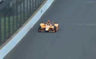 Fernando Alonso probaba circuito y de pronto sucedió esto