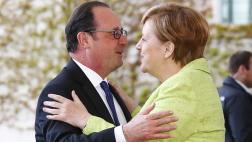 Hollande y Merkel se despiden celebrando su amistad
