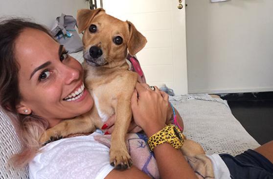 Adoptar a Frida le cambió el ritmo a Cynthia La Maquilladora