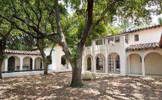 Recorre la hermosa casa de Calvin Klein en Miami