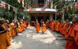 Así se celebra el nacimiento de Buda en Nepal