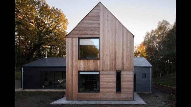 Esta casa de 220 m2, demuestra que con creatividad y materiales naturales, se pueden lograr grandes resultados.(Foto: Jill Tate Photography / elliottarchitects.co.uk)