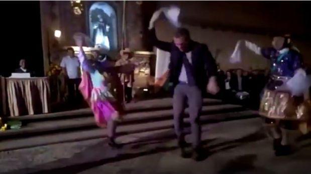 Ministro Del Solar bailó con grupo folclórico en Cajamarca