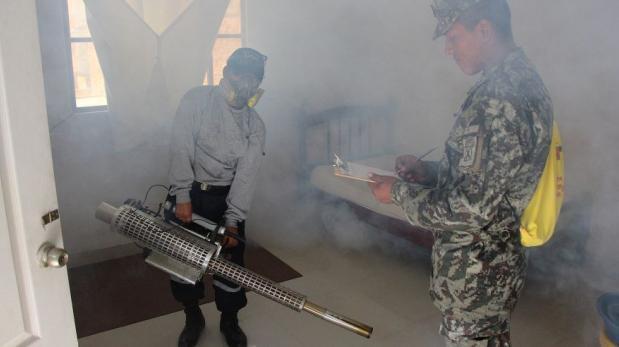 Piura: sancionarán a vecinos que impidan fumigación en casas