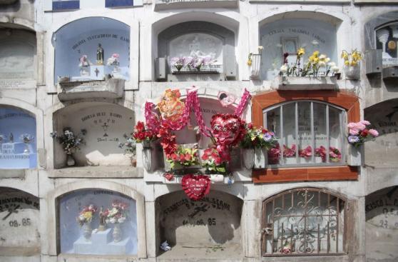 Cementerios recibieron a miles por Día de la Madre [FOTOS]