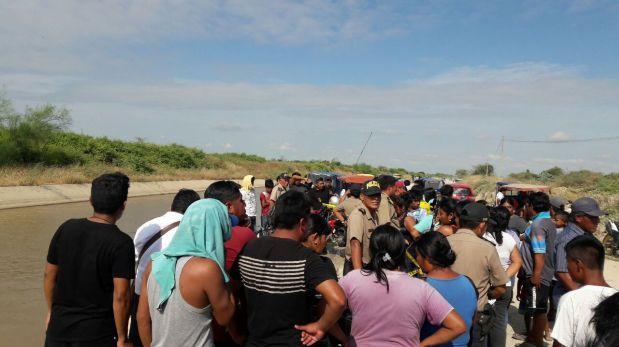 Cinco fallecidos deja caída de auto a canal en Piura