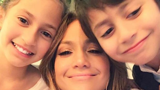 Jennifer López celebró Día de la Madre junto a sus mellizos