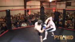 El nocáut más rápido en MMA que ha sorprendido a YouTube