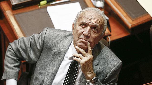 Lombardi advierte cambios en el Gabinete Ministerial para julio