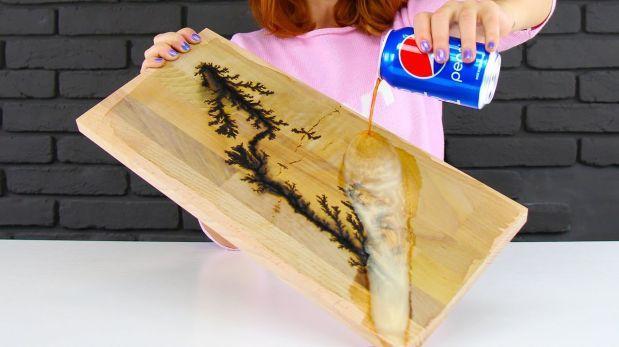 Cómo crear arte usando un microondas, gaseosa y madera [VIDEO]