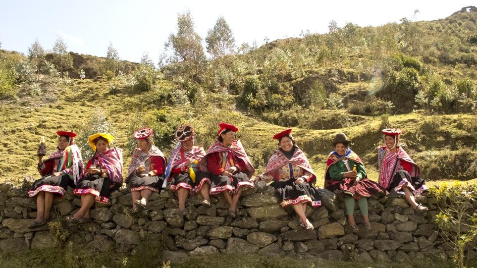 Lo bueno hecho mejor: ¿Cómo se reinventa el telar en Cusco?