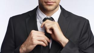 Conoce 5 estilos de nudos de corbata para ejecutivos