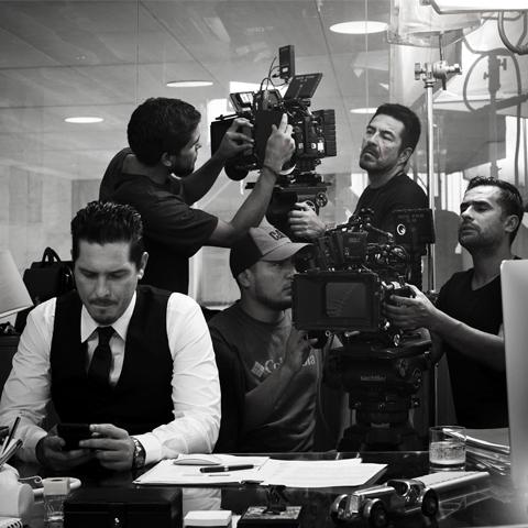 Tondero posee tres unidades de negocio: la representación de artistas, la producción de películas y producción de espectáculos artísticos.