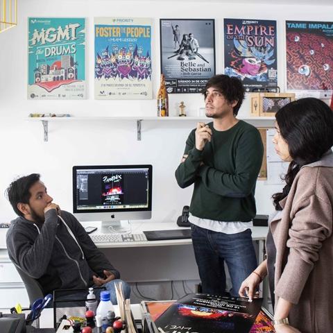 Veltrac Music se fundó el 3 de junio del 2010.