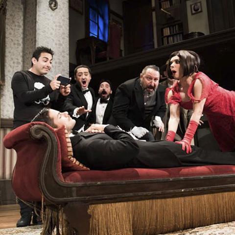 """""""Hasta las Patas"""" es una obra que está actualmente en función en el Teatro Luiggi Pirandello."""