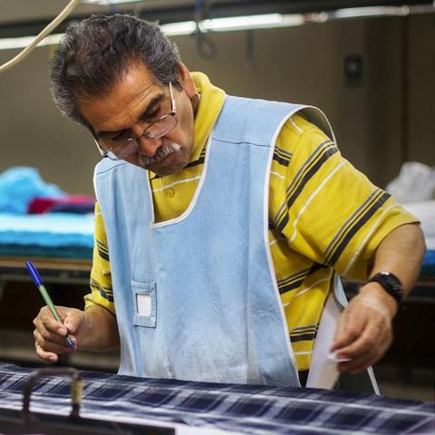 """""""La visión de M.bö fue ir en contra de la corriente y apostar por el talento local. Diseñando colecciones con más de 6 meses de anticipación"""", dice Shadia Aboudayeh."""